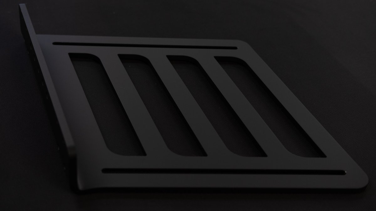 Pedal side plate of OP Formula - 8mm aluminum with matt black powder coated finish delivering 50 degree angle and 25cm height adjustability for your sim racing pedal set.  #soon #overpowergg #simracing #simracingfi #simracinghardware #simracingcockpits https://t.co/XBwlYnRmpU