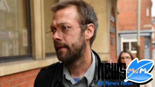 Ex-Kasabian frontman admits assault of ex-fiancee-> newsij.com/ex-kasabian-fr… #News #Breaking_News #Breaking #Latest -