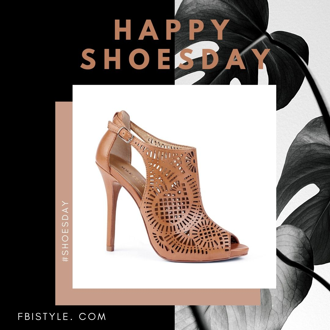Happy #Shoesday! Shoe of the day goes to this tanned, open toe, mesh heel. Perfect for strutting in style on those hot summer days. #sotd #shoes #fashion