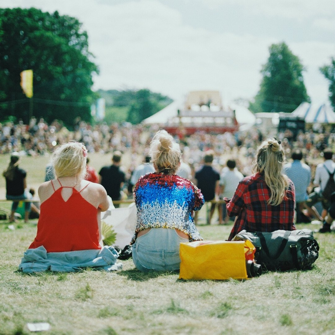 Globally, there are live music events being planned with #COVID19 rules to ensure people's safety. As summer approaches, this is an inspiration to event organisers and venues in South Africa. Is this the future of events in the time of social distancing? #events #SocialDistancing https://t.co/EA4Y4muMDa