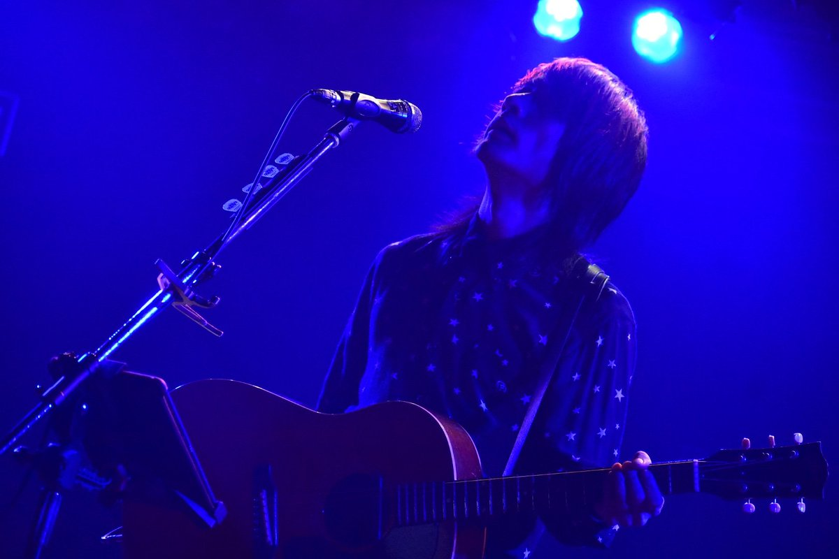 【生放送中】 生熊耕治ONLINE LIVE「VEGA」 Youtube Live にて放送中! どなたでもご覧いただけます。 是非ご覧ください。  Kouji Ikuma ONLINE LIVE「VEGA」 now streaming!  https://youtu.be/sSGS69IKj50  #jrock #japanesemusic #japaneserock #gibsonguitars #gibson #rocknroll #acousticguitarspic.twitter.com/vydEglYKx0