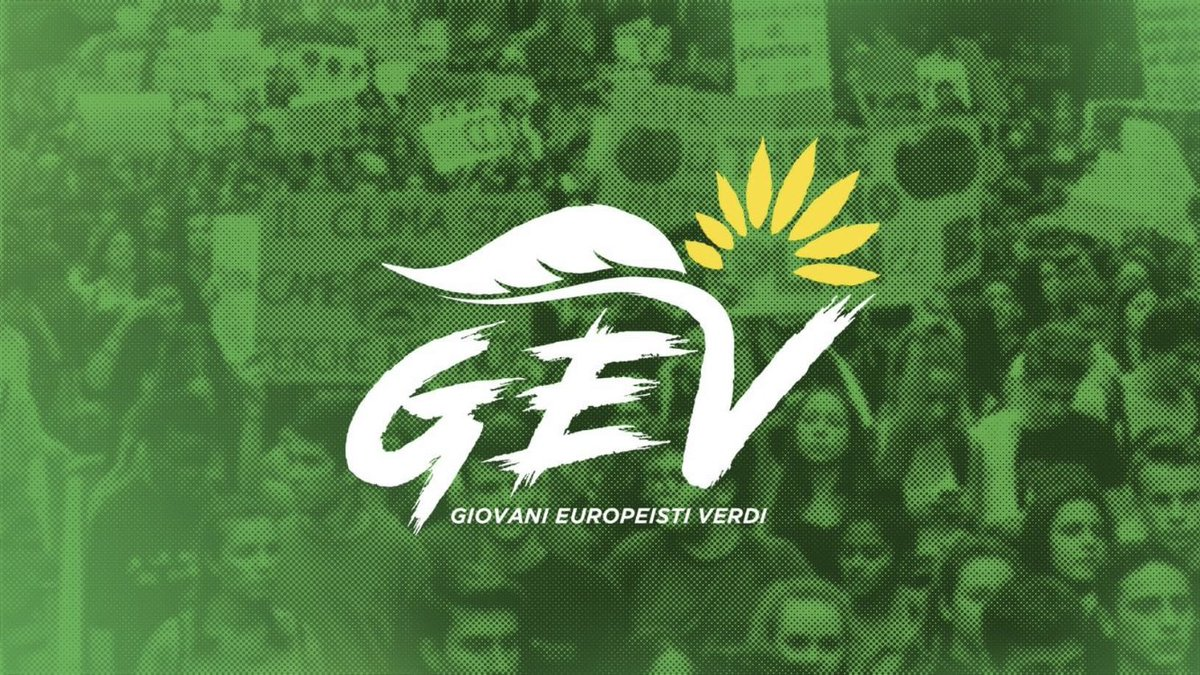"After years without a young green organisation in #Italy (expect South Tyrol), Young Green Activists have officially created ""Giovanni Europeisti Verdi"" this weekend. pic.twitter.com/oI9dTblA95"