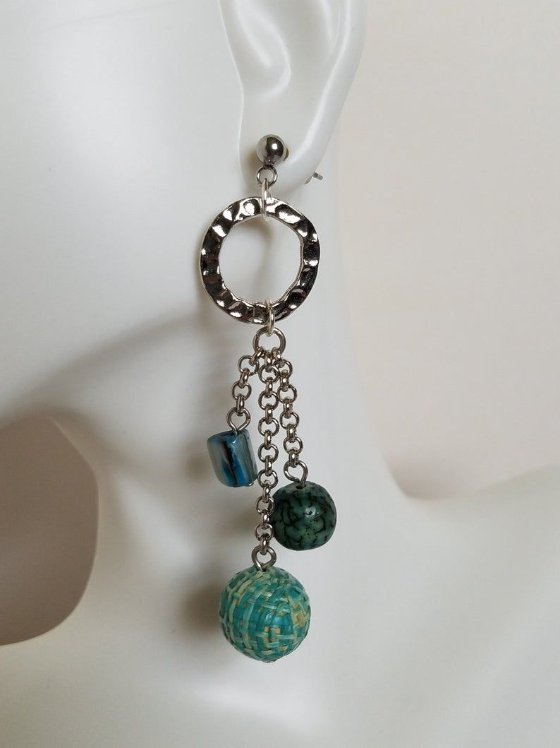 Teal Earrings | Etsy Just plain cute!  https://buff.ly/3gwzslJ Use code SAVENOW to save 20% on orders over $20 Free US Shipping! #Etsy #Etsyshop #jewelry #jewelryonEtsy #freeshipping #jewelryaddict #JewelryLovers #ShopSmall #earrings #OOAK #handmadejewelrypic.twitter.com/Qhwm06mb2y