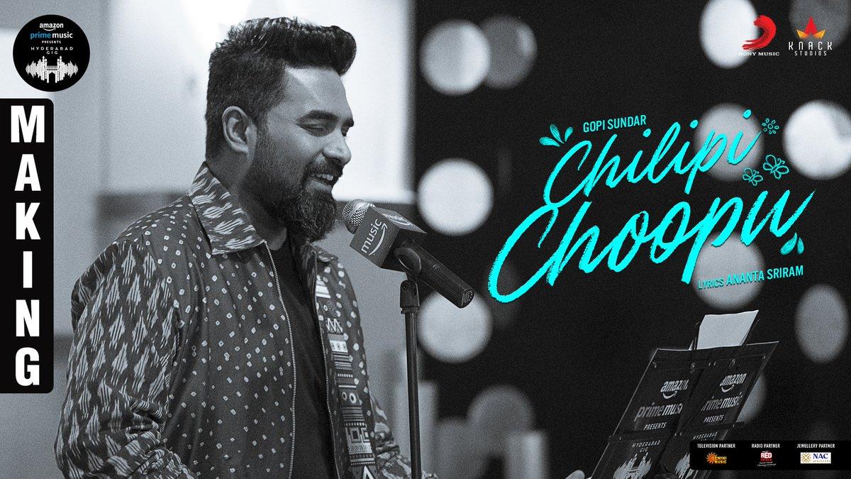 Here's the exclusive making video of the @GopiSundarOffl melody #ChilipiChoopu from #AmazonMusicHyderabadGig 🎶    @AmazonMusicIN @SonyMusicSouth @knackstudios_ @RedFMTelugu @lhharishram @GeminiTVMusic1 #AnantaSriram  #MusicOfHyderabad