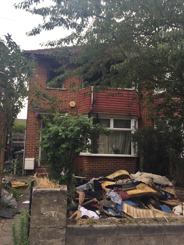 Salam Alikum guys, one of my good good friends recently had their house burn down, a family of 6 with disabled members of the family they have been put in a room. Please help with whatever and if you cant please retweet this.  https://t.co/X75wrcc9Fu https://t.co/HxluLViUj9