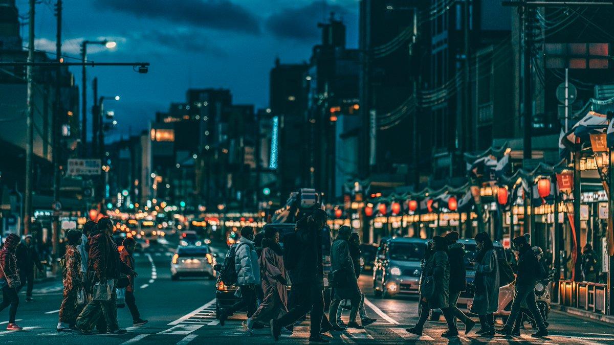 夜の京都を歩く