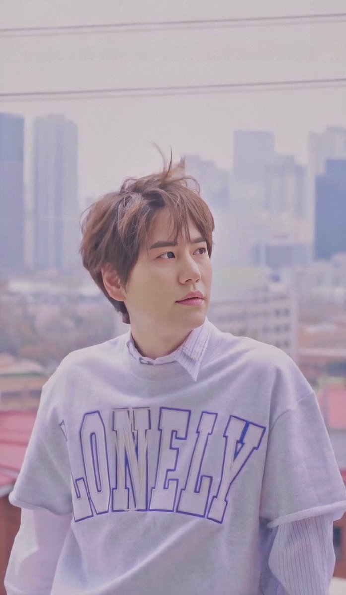 I just realize this is the same.. LONELY  #KYUHYUN #규현 #규현아_사랑해 @GaemGyu @SJofficial #SUPERJUNIOR #SuperJuniorKRY #Ryeowook #려욱 https://t.co/9EEZGx88KY https://t.co/WK8scTfAfh
