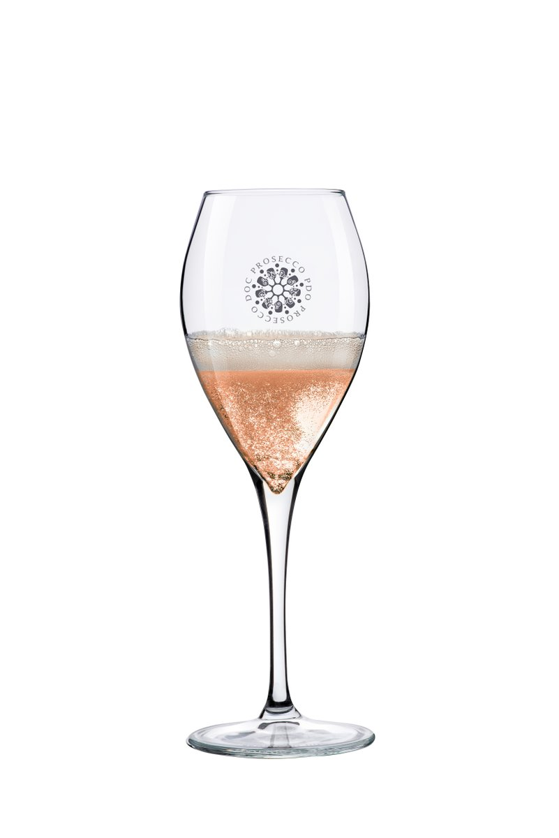 Italy's ministry of agriculture has cleared the way for DOC Prosecco Rosé, with sales to begin next year. Up to 15% pinot nero is what will give the pink fizz its color. https://soo.nr/YVUI #prosecco #proseccorosé #drinkpink #winenews #veneto #glera #pinotnero @proseccodocpic.twitter.com/2rrmbwCb46