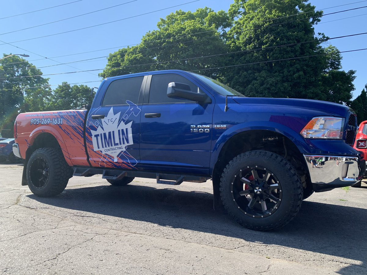 Happy to sell some high quality Cooper Mud tires to Tomlinson Contracting for this beast of a truck!   #jcdcmotors #mudtires #coopertires #truckwraps #liftedtrucks #timlincontracting #dodgeram #weselltires #tiresforsale #cobourgontariopic.twitter.com/WCUcJRcvrK