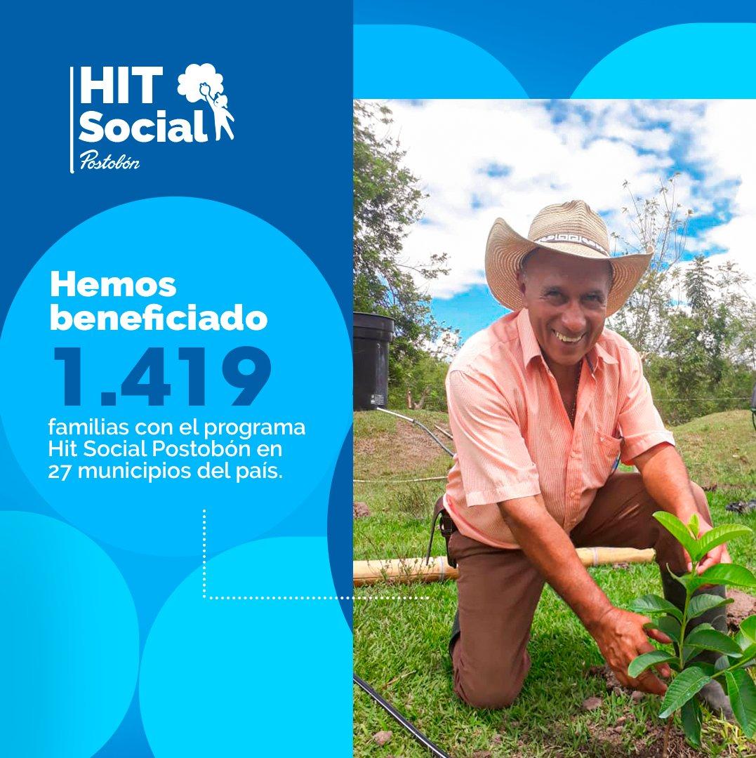 Por medio de nuestro programa #HitSocialPostobón beneficiamos a 1.419 familias de agroempresarios, en cinco departamentos, quienes son nuestras mejores aliados para darle a las bebidas Hit y Tutti Frutti el delicioso sabor de la fruta. #PostobónTómateLaVida #HitSocialPostobón https://t.co/waLEkMlOkA