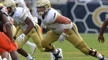 Excited to announce the addition of Parker Braun to our coaching staff. Parker was an All-ACC offensive lineman at GA Tech and most recently played his final season as a grad transfer at Texas.  Parker will be coaching the JV OL and teaching English!  Welcome to the #FAMILY<br>http://pic.twitter.com/3g04CqiqGg