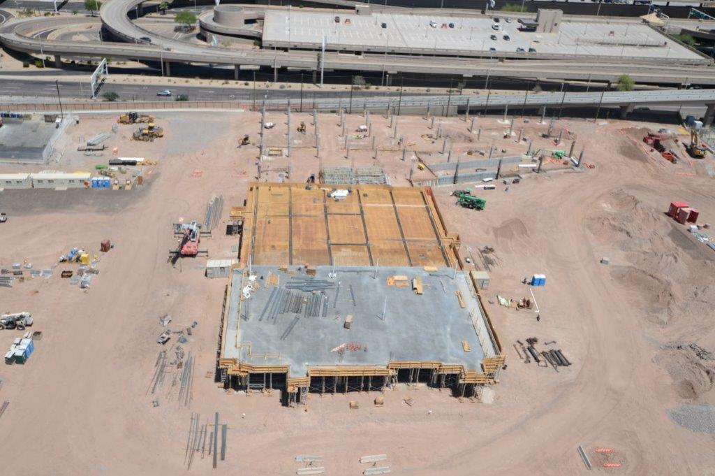A new concourse for Southwest Airlines is coming in 2022 to Terminal 4. Check out the current construction progress and learn more about the project at https://t.co/qBG3dVZLpo. https://t.co/ILOcHcyXMQ