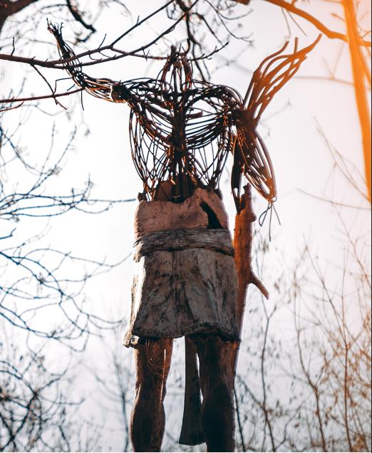 Prosím nevíte kde je tato socha na kopci? #hledam #help #pomoc #socha #praha #nemuzunajit #nevim #kde #zadnytajnosti #nenachazim #kdetoje https://t.co/XABAzaxvlc