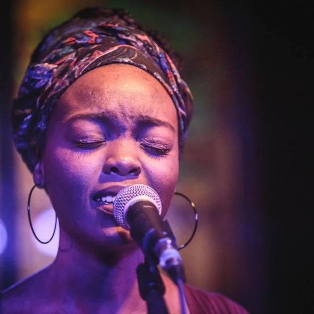 #HelloAfrica  Mumbi Kasumba is a Zambian singer, songwriter and guitarist.   Her song Ignited featured in the Kenyan film Rafiki, which was screened at the 2018 Cannes Film Festival.   #TheGlenzitoSuperDrive https://t.co/pzWNbdsooQ