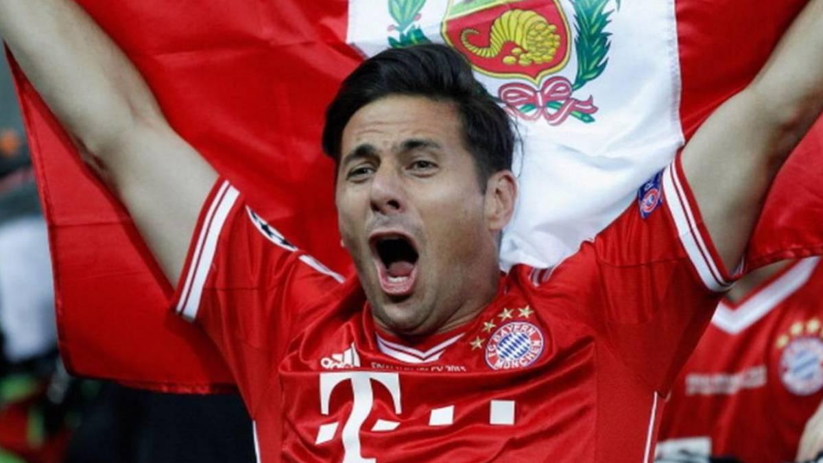 ¡LO EXTRAÑARÁN! Thomas Müller 🇩🇪, Franck Ribéry 🇫🇷 y Thiago Alcántara 🇪🇸, excompañeros de Claudio Pizarro 🇵🇪 en Bayern Múnich, le dedicaron una emotiva despedida al 'Bombardero de los Andes' tras confirmarse su retiro del fútbol profesional ⚽️. #QuédateEnCasa https://t.co/hT7uLF0Fjw
