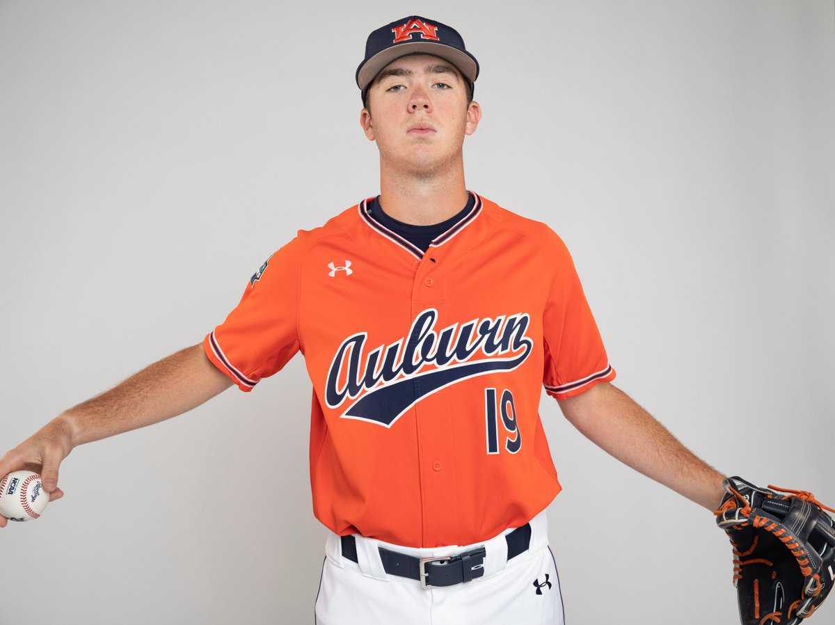Mr. Utility. 🧰  @brody_moore2 has played 6⃣ different positions in 30 career games.  2B - 9 games RF - 8 games 1B - 5 games 3B - 4 games SS - 3 games LF - 3 games  #WarEagle https://t.co/RU1hLlbYrc