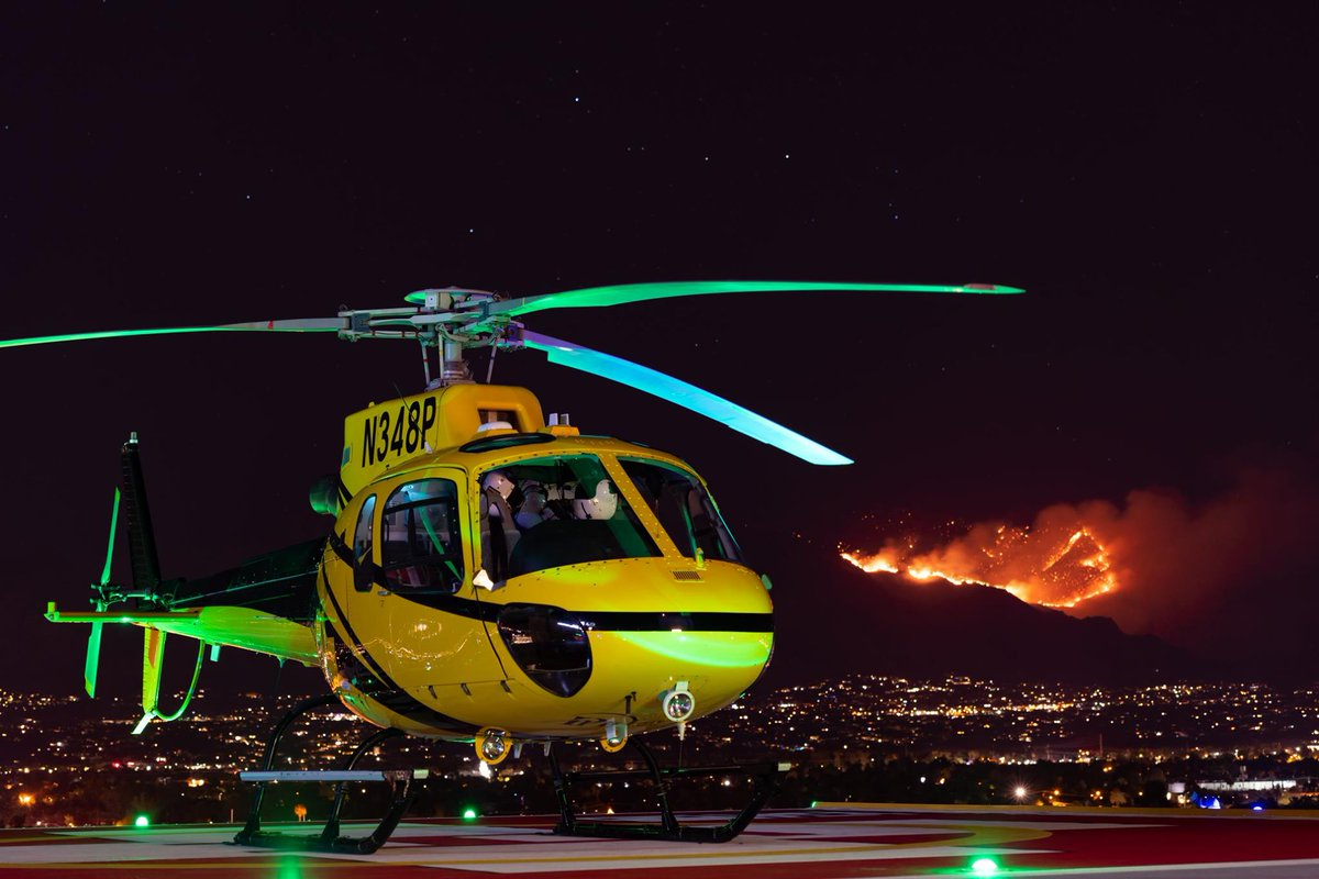 This #PHI #helicopter was in Tuscon, Arizona during the Bighorn wildfire.   As fires in Arizona continue to burn, we hope that everyone who is working to fight the blaze remains safe.   📸 Guy Fedor https://t.co/hQ7IvhoB9U