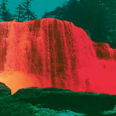 """My Morning Jacket acaban de anunciar oficialmente el lanzamiento de la secuela """"The Waterfall II"""". Hay sorpresa: el disco se estrenará al completo este viernes: https://t.co/fYBDNCiQQC https://t.co/gLTS5EgeoG"""