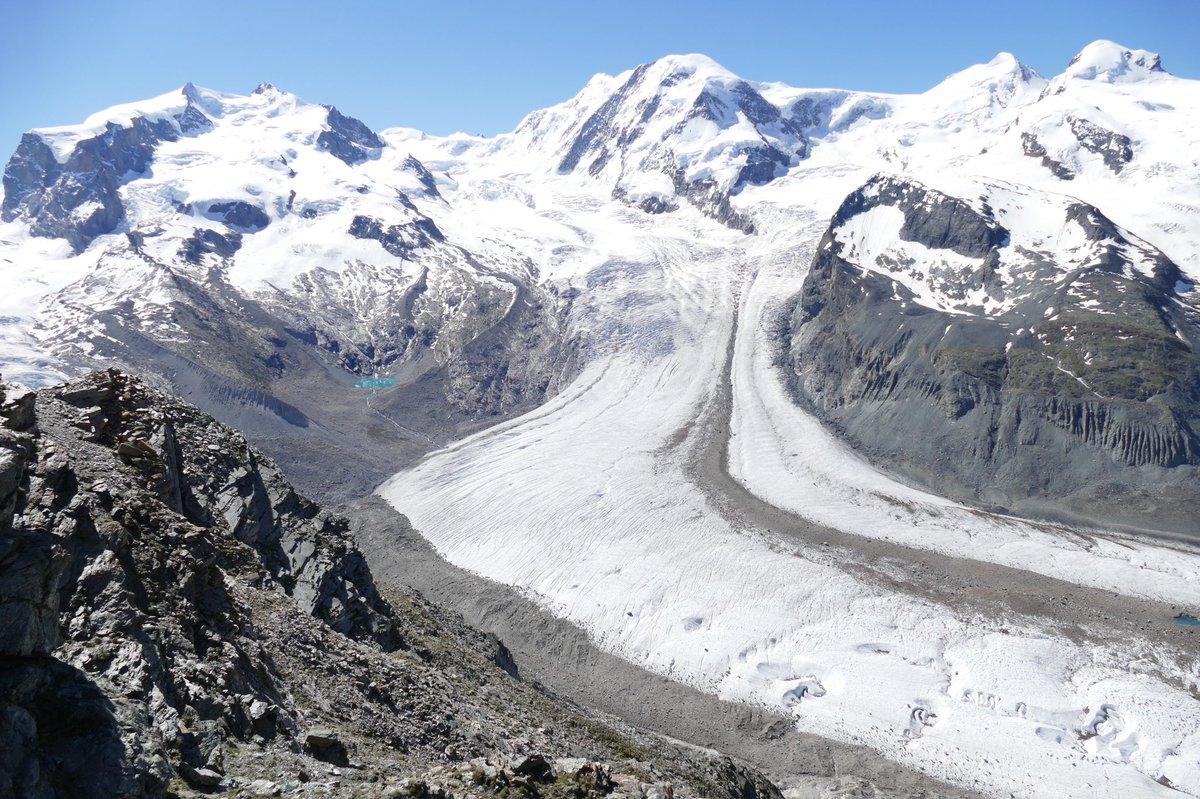 View from #Gornergrat #Dufourspitze #Gornergratgletscher #Zermatt @Gornergratbahn @zermatt_tourism @MySwitzerland_e #alps #mountains #glacier #gletscher