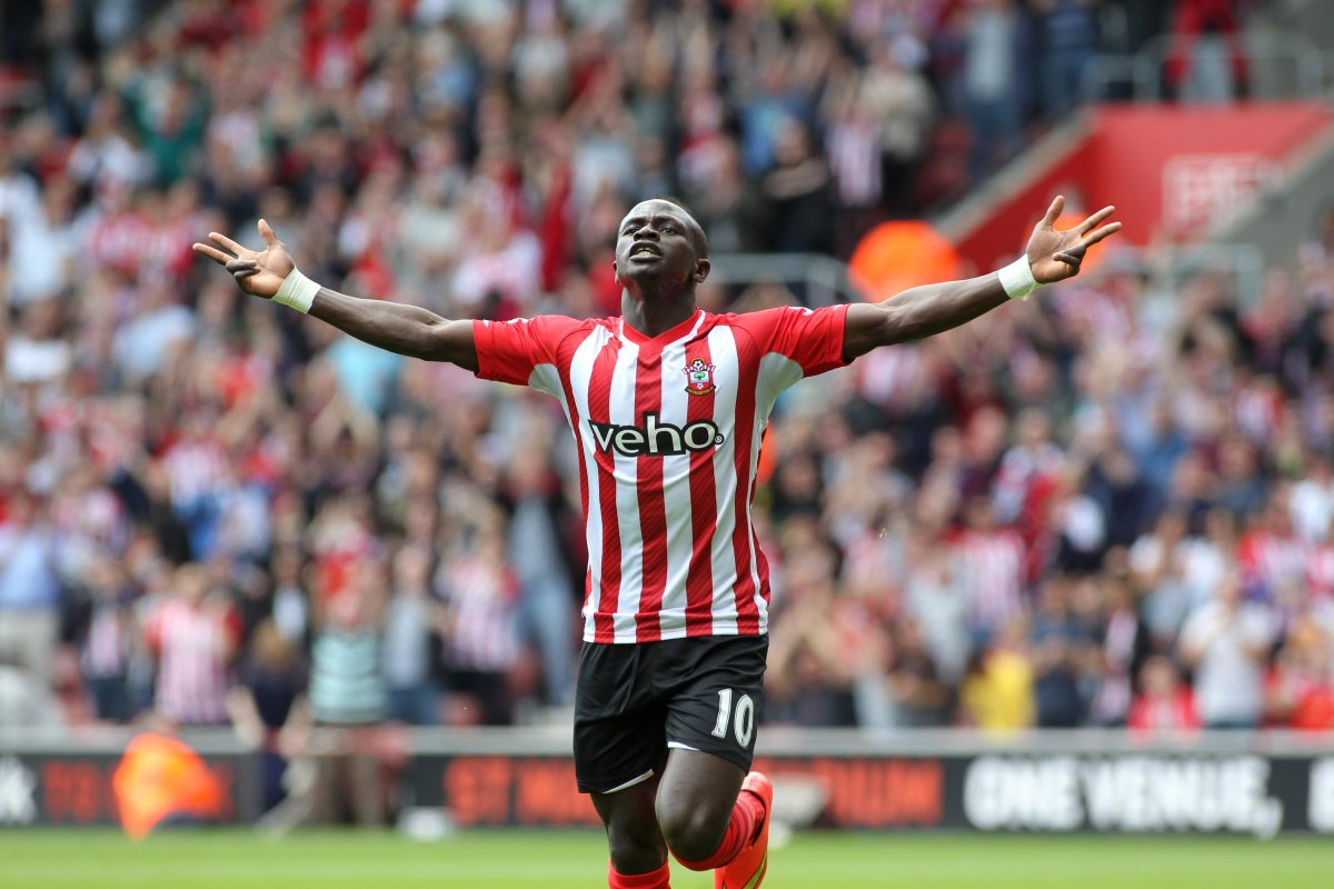 [Southampton FC] Jurgen Klopp insists Liverpool were right to raid Saints for Sadio Mane https://t.co/JwjfVv9qax https://t.co/8fwuMH8SMq