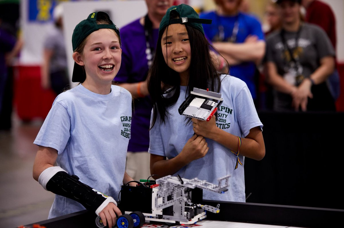 Age does not define a scientist or innovator & @firstlegoleague teams around the world set out during the #FIRSTRISE season to prove this to be true. Visit the FIRST LEGO League Showcase to see their accomplishments: https://t.co/pyFA6l7Emn #FIRSTFFC https://t.co/IlGjwul8JW
