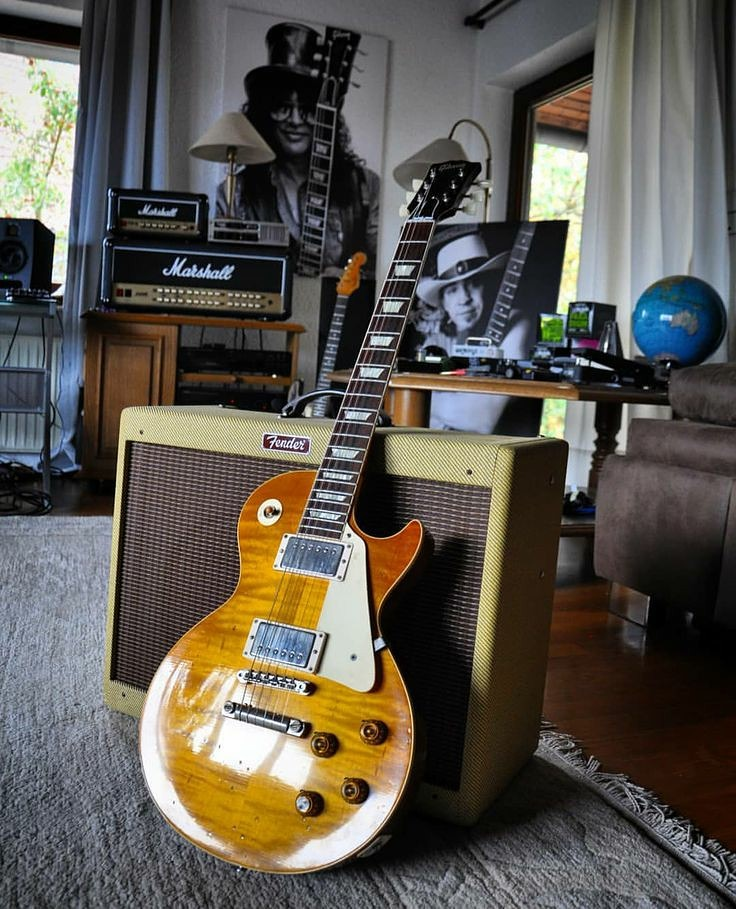 #guitarist #guitarra #guitarsolo #guitarplayer #gibson #musicnews #guitarphotography #guitarily #gibson #gibsoncustompic.twitter.com/9WUV23sdp6