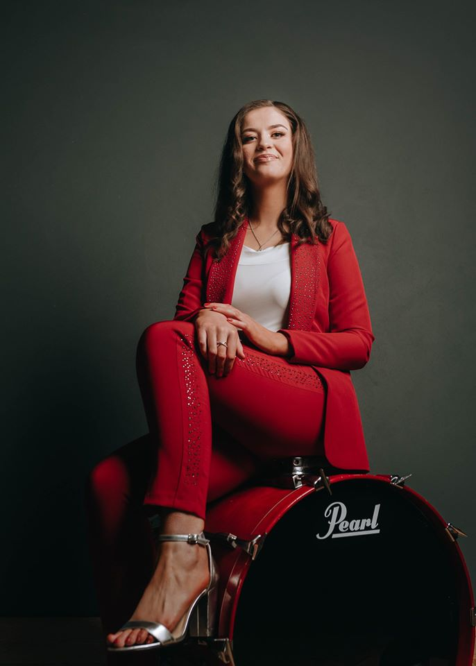 """Coming up on the show """"Aishling Rafferty"""" and new music with 2 in a row from this 18 year old with a great voice """"Home To Donegal"""" & """"New Moon Over My Shoulder on @SimplycountryUK @ridgeradioUK @KelticRadio @ICROnline @WhiteCliffsFMpic.twitter.com/RwuyAIwcLs"""