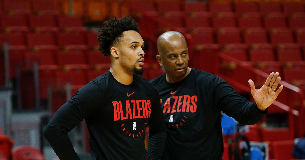 Coach Osbourne Will Not Travel to Orlando with Blazers: Photo by Michael Reaves/Getty Images Trail Blazers assistant coach Dale Osbourne will not join the team in Orlando for the NBA's restart. Trail Blazers assistant coach Dale Osbourne will… https://t.co/dNkvcn4VKx #RipCity https://t.co/3JImkmCw5P
