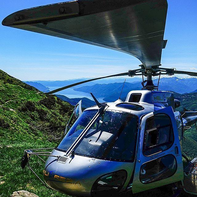 Sweet spot for a lunch break @helirezia_official!   Ticino, Switzerland  #helicopter #pilot #RotorCraftPro #PilotPerks #hems #RotorHeadNation #RotorNation #InstaAviation #Regram #Helicoptero #InstagramAviation https://t.co/QsMWekvOII