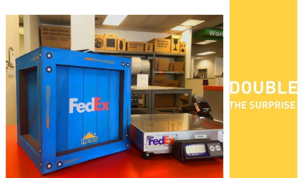 This @FedEx and @FortniteGame partnership from #Advertising #MediaMaker Maggie Michella is the perfect #lootbox!  Learn #CreativeDirection at #ArtCenter: @artcenteredu: https://buff.ly/2FGUAH1 @facebook: https://buff.ly/2FLqbaD @Tumblr: http://adsaladartcenter.tumblr.com  Like & RT!pic.twitter.com/DTRoaguYG2