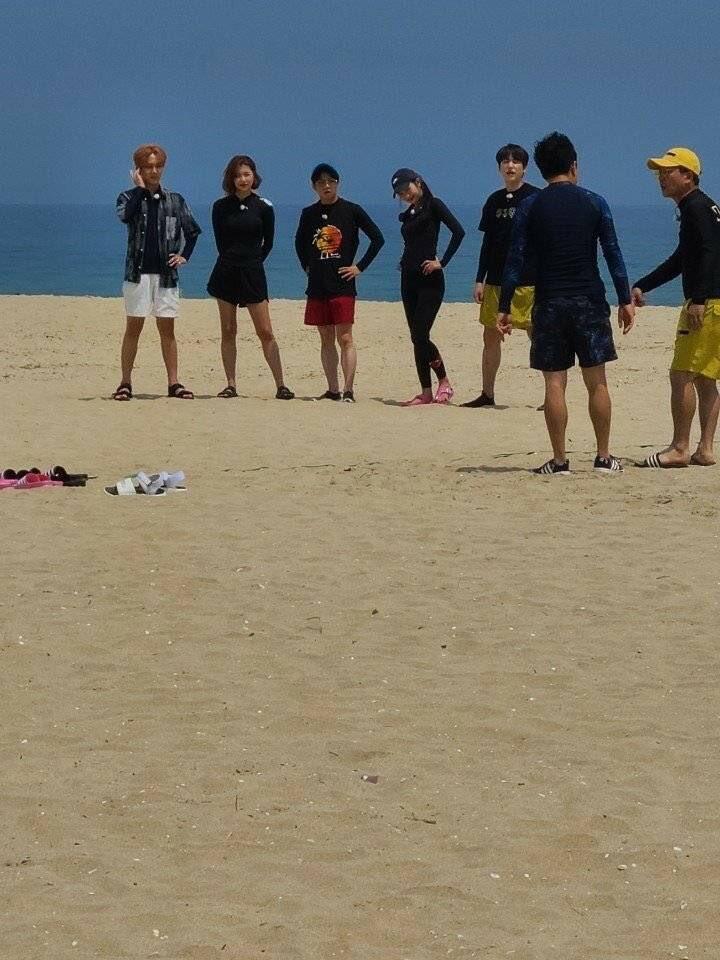 200707 #kyuhyun spotted filming Salty Tour (Cr. softjoygi) #규현 https://t.co/0mg8HnGBJY