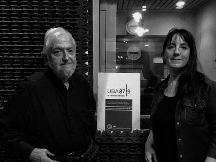 📚Los libros hablan Los libros y la radio son parte de nuestra vida siempre. Por eso hoy recordamos las charlas que tuvo Daniel Divinsky con Mori Ponsowy y Paula Tomassoni a las 20. Escuchalo por aca👇 https://t.co/oA33XcuFp5 https://t.co/ytmq2LK3AN