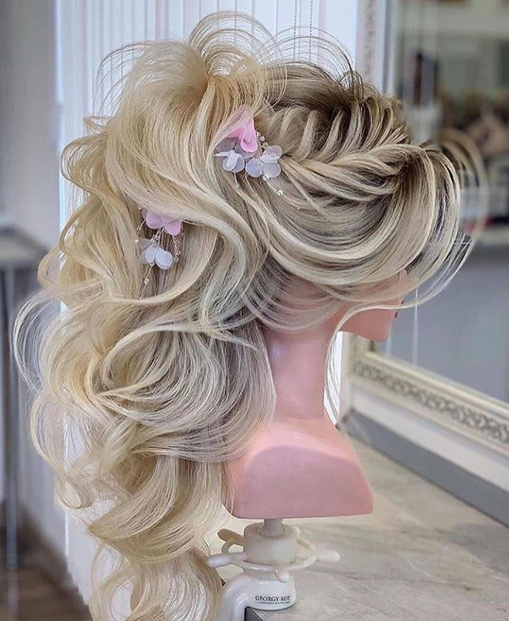 #hairstyle #hair #haircolor #hairstylist #hairstyles #fashion  #beauty #style   #love  #hairgoals #longhair  #blondehair  #photography  #hairdopic.twitter.com/5zLxDz8ajm