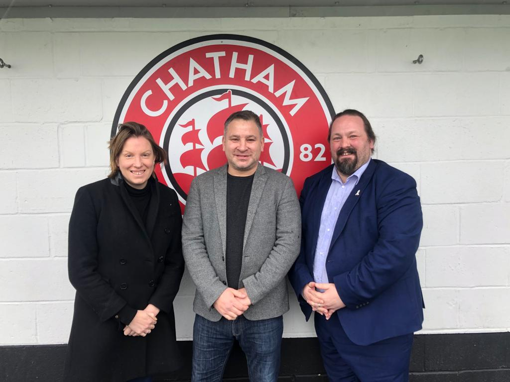 Today's #VolunteersWeek2020 shout goes to Kevin Hake of  @ChathamTownFC He has led volunteers during Covid-19 providing welfare calls, food parcels & errand services. The club was awarded @NonLeaguePaper Community Club of the Year. https://t.co/NV6GAPv1Yu #KentSportVolunteer https://t.co/3FAWOIex1X