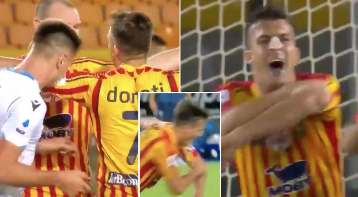 Lazio defender Patric has just been sent off for biting Guilo Donati. 😳 sportbible.com/football/footb…