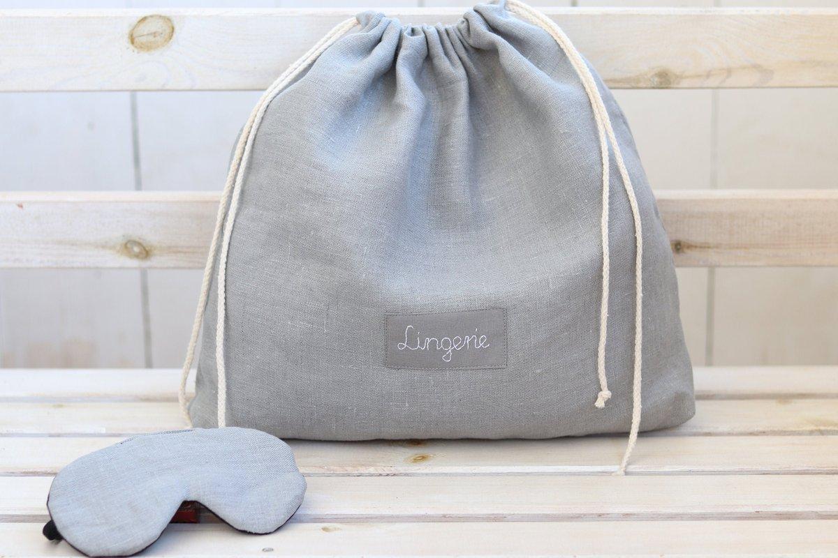 Bridal shower gift, linen lingerie bag with name and adjustable sleeping eye mask https://etsy.me/3faLHE9 #gray #bridalshower #valentinesday #black #drawstringpouch #lingerietravelbag #laundrytravelbag #bridalshowergift #giftforbridepic.twitter.com/1WS2UryLso