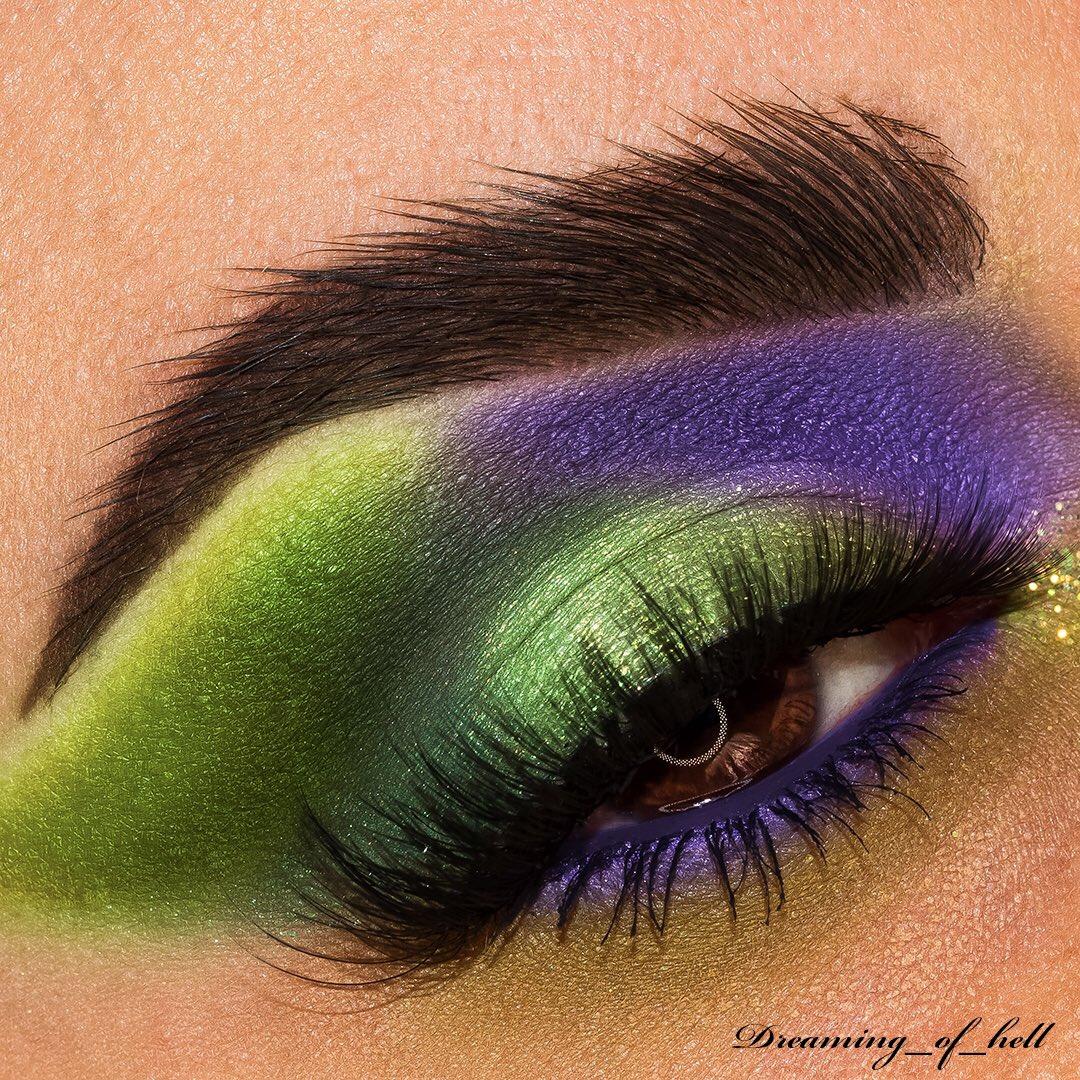 • Green Waterfalls • . #sigmabeauty #morphebrushes  #anastasiabeverlyhills #flawlesssdolls #jeffreestarcosmetics #slave2beauty #blazin_beauties #mua_underdogs #featuremua #underratedmuas #makeupdoll #bperfectcosmetics #beautybayprsearch #avantgardemakeup #makeupeditorialpic.twitter.com/87Huu4JEcE