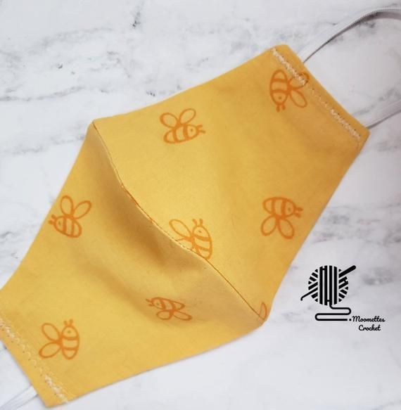 #kids Face Mask Double Layer Washable Cotton Cloth Mask Bumble #Bee Child #Facemask Cover Handmade in USA https://buff.ly/380ZRVG  #etsysocial #etsyhandmade #maskforschool #schoolsreopening #facemask #facemasks #WearAMask #kidsfashion #backtoschool #gifts #giftideaspic.twitter.com/rRKpzUPJKs