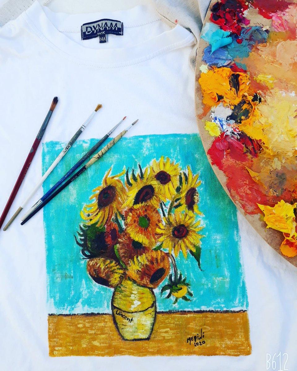 Mon travail ^^ sur t-shirt #peinture #artist #vangogh #following #instalike #followforfollow #follower #tshirt #likeforlike #artwork #likeforlikeback #artist #picoftheday #photooftheday #likelike #followtrain #followforlike #art #followbackinstantly (c) by @naimaartista pic.twitter.com/89QR5QAaNp