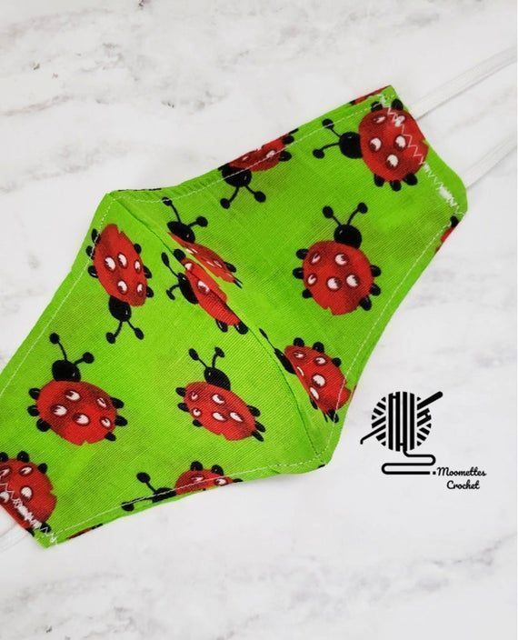 #Kids #Ladybug Cute Face Mask Washable Reusable Cotton Cloth Masks Green Red Lady Bug Cover Handmade in USA https://buff.ly/2NAciOL  #etsy #etsyhandmade #facemask #facemasks #WearAMask #camp #schoolreopening #kidsfashion #gifts #giftideas #backtoschoolpic.twitter.com/KQAWpn6nKQ
