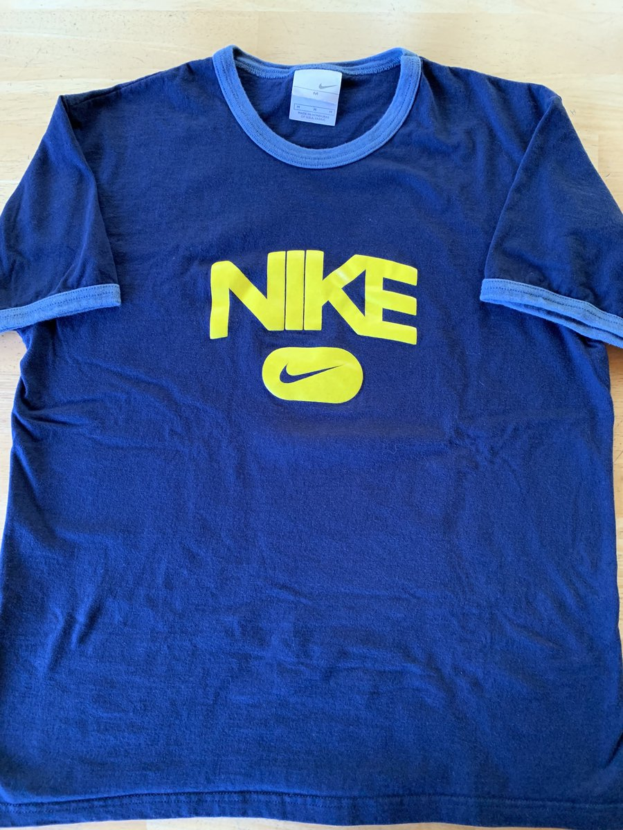 A ringer tee is a classic | Vintage 90s Nike Ringer T-Shirt | Only one available here | (https://www.etsy.com/listing/710000654/vintage-t-shirt-nike-ringer-graphic-tee?ref=listings_manager_grid …) #vintage #vintagetshirt #vintagenike #Nike #90s #90saesthetic #vintagefashion #streetwearpic.twitter.com/ok3RBfxKsB