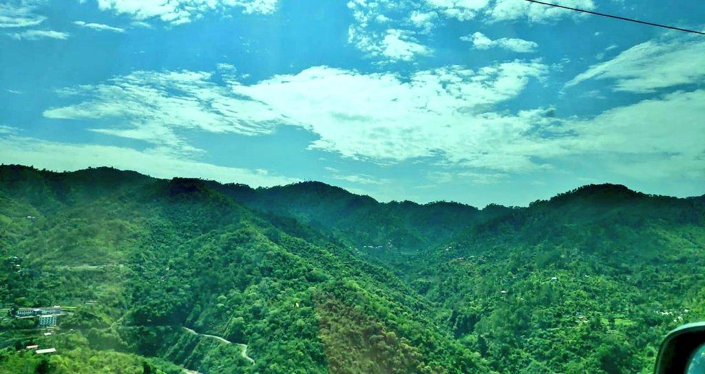 Here I feel most ALIVE#HimachalPradesh  #nofilterneeded  #hometownpic.twitter.com/53hrkeUkDa