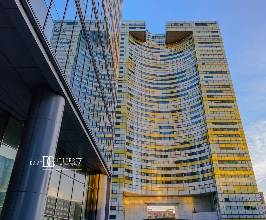 """ I may be crazy, but it keeps me from going insane.""  Waylon Jennings . . . . . #paris #art #architecture #arts #reflection #artoftheday #arte #archigram #archilovers #archidaily #design #architect #architecturedesign #architecturephotography #architett… https://instagr.am/p/CCXHnL5pNUG/pic.twitter.com/ITOiSNpR1W"