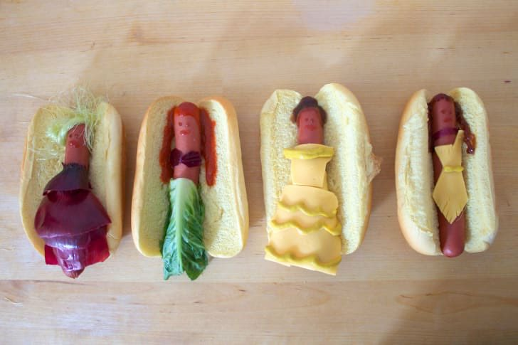 The Princesses turn into hot dogs. The End. #BadDisneyMovieEndings