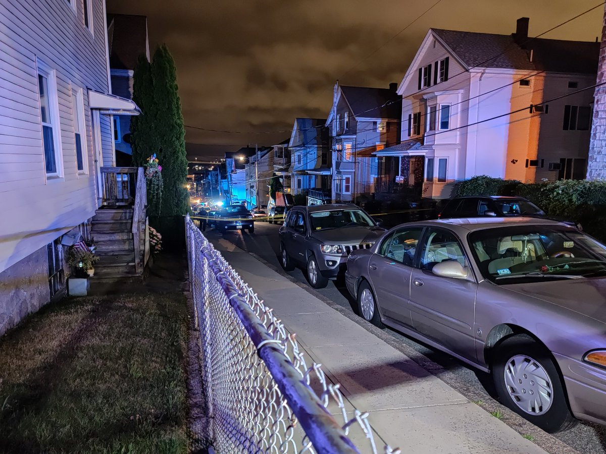 """Justin Bourke على تويتر: """"At the scene of a reported shooting near"""