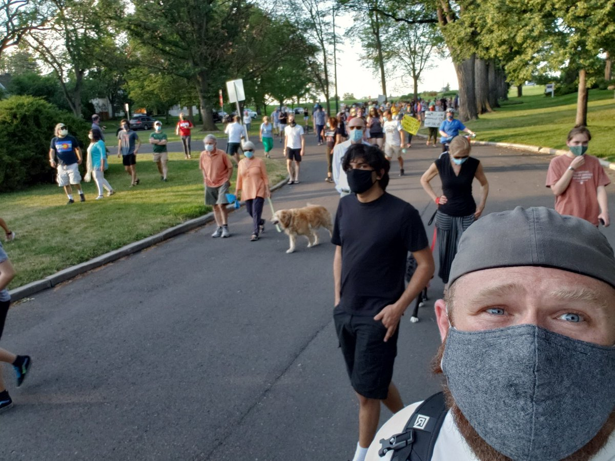 Thank you all who showed up for the #cranmerparkphotowalk. This is what community looks like   #hatehasnoplacehere pic.twitter.com/mpOlOb1tOE