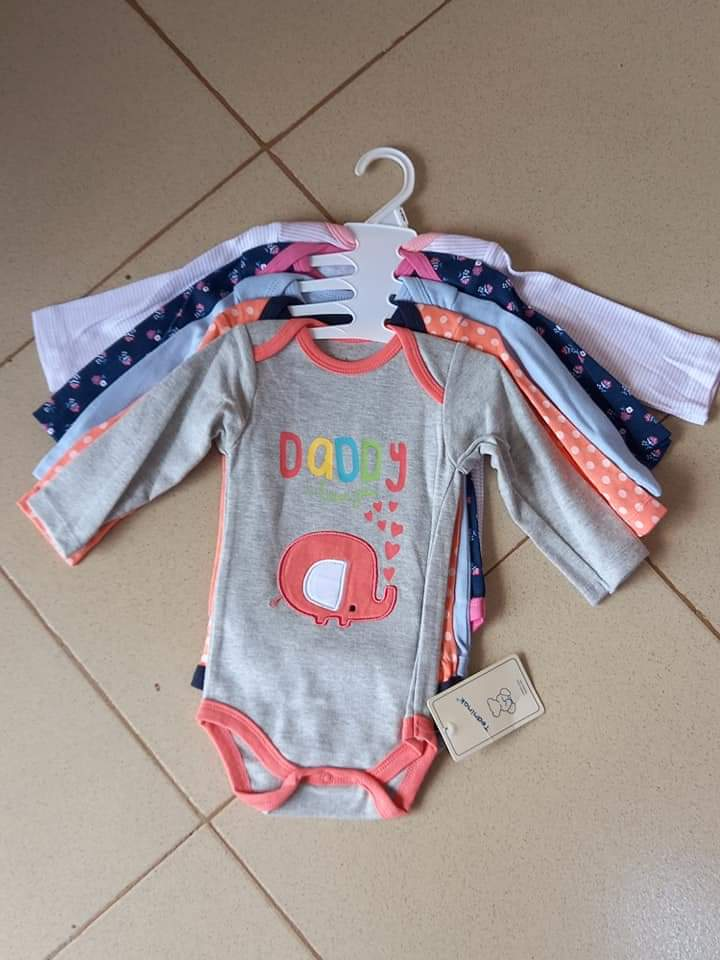 Body suits available in different colors in apack of five pcs <br>http://pic.twitter.com/DB8nUcU1oR