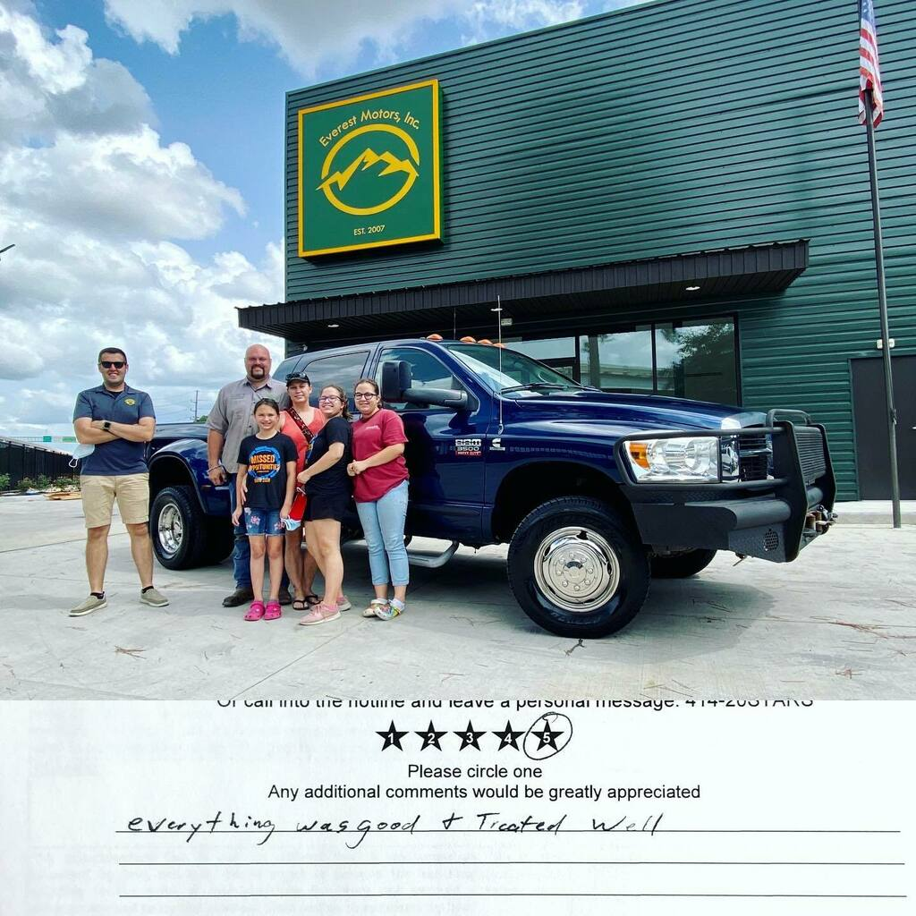 Great to have Taylor and his beautiful family purchase this nice 2008 Dodge Ram 3500 Mega Cab 4x4 SLT Dually 6SPD Manual 6.7L Cummins Diesel. Congratulations and welcome to Everest Motors family.  https://ift.tt/2I7w8iQ  #everestmotors #houstontx #halle… https://instagr.am/p/CCXfQEKBUWE/ pic.twitter.com/4r6J41W5OQ