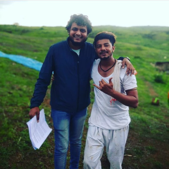 With Actor Aamir Arab #Shootingmodeactivated #Videosong #Director #Actor #Model #Music #Naturesbeauty #Rainyseason #Filmmaker #Behindthescenes #Reddragon #Lovesong #MancharAmbegaon #Covid19 #Unlock1.0pic.twitter.com/6xhdfu0Up9