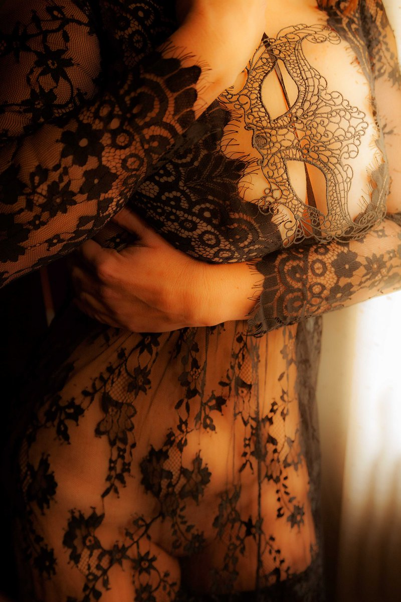 Miércoles de transparencias. https://t.co/GVVw94YEBd  #sexy #Boudoir #beautifulgirls #girls #love #erotismo #lencería #bdsm #femdom #MiercolesDeGanarSeguidores #MiercolesDeEllas #miercoles https://t.co/j4EsNdswhw